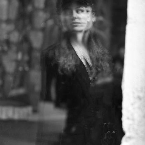 margot-villa-femme-portrait-urban-112