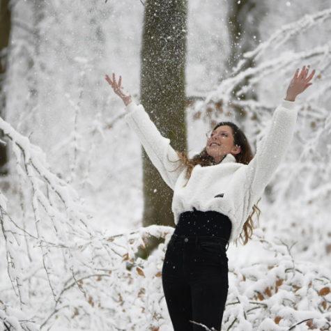 margot-villa-femme-neige-portrait-2