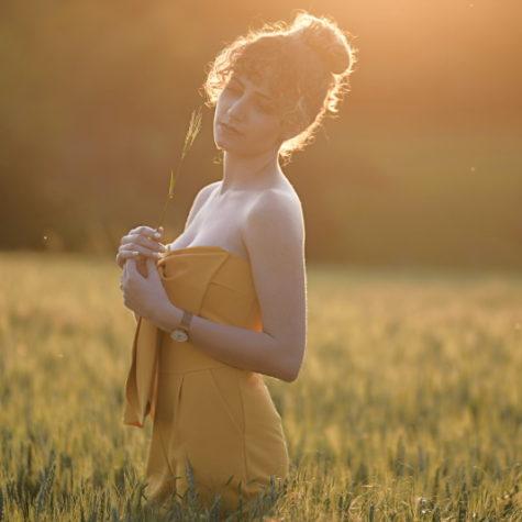 margot-villa-femme-soleil-nature