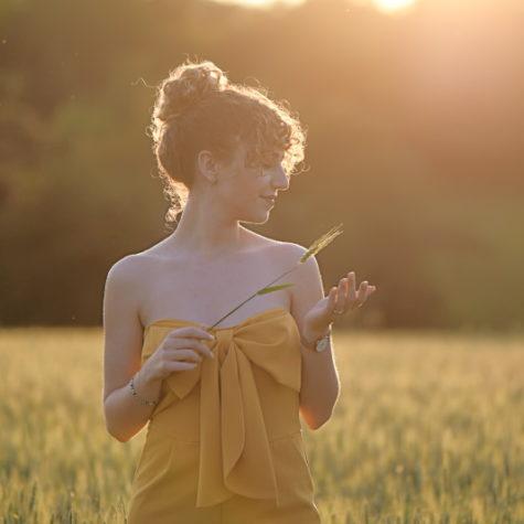 margot-villa-femme-soleil-nature-belle