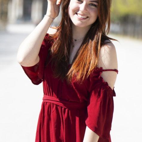 margot-villa-femme-sourire-portrait